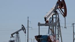 Oil pumps, in southern Russia. Photo: Gennadiy Kolodkin / World Bank